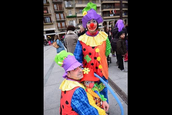 Los payasos tuvieron mucha presencia en la tarde de Carnaval.
