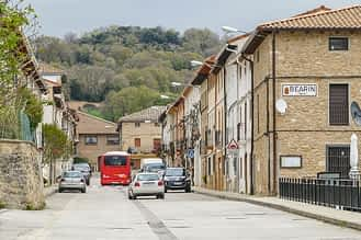 Bearin - Navarra - Calle central, antigua carretera nacional