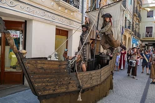 Barcos piratas también navegaron por Estella.