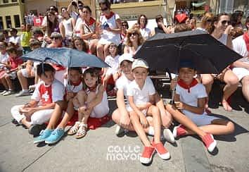 15-08-06 - fiestas de estella - revista calle mayor (16)