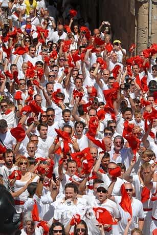 15-08-02 - fiestas de estella - revista calle mayor (2)