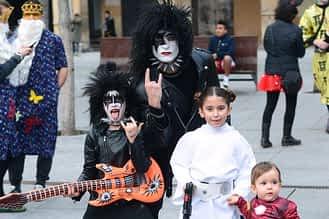 En la imagen, Raúl con su hijo Noah y sus sobrinos Anne y Odei.