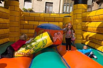 fiestas-barrio-de-san-miguel-2016-calle-mayor-8