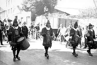 1966. Timbaleros y maceros de aquél año: Carretero, Gómez, Jiménez y Corcuera.