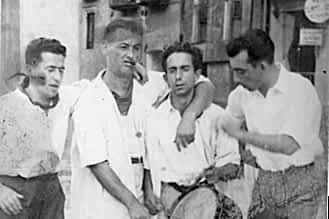 Década de los 50. Juanito Napal junto a sus compañeros gaiteros.