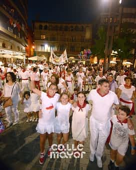 15-08-04 - fiestas de estella - revista calle mayor (12)