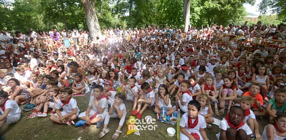 15-08-03 - fiestas de estella - revista calle mayor (13)
