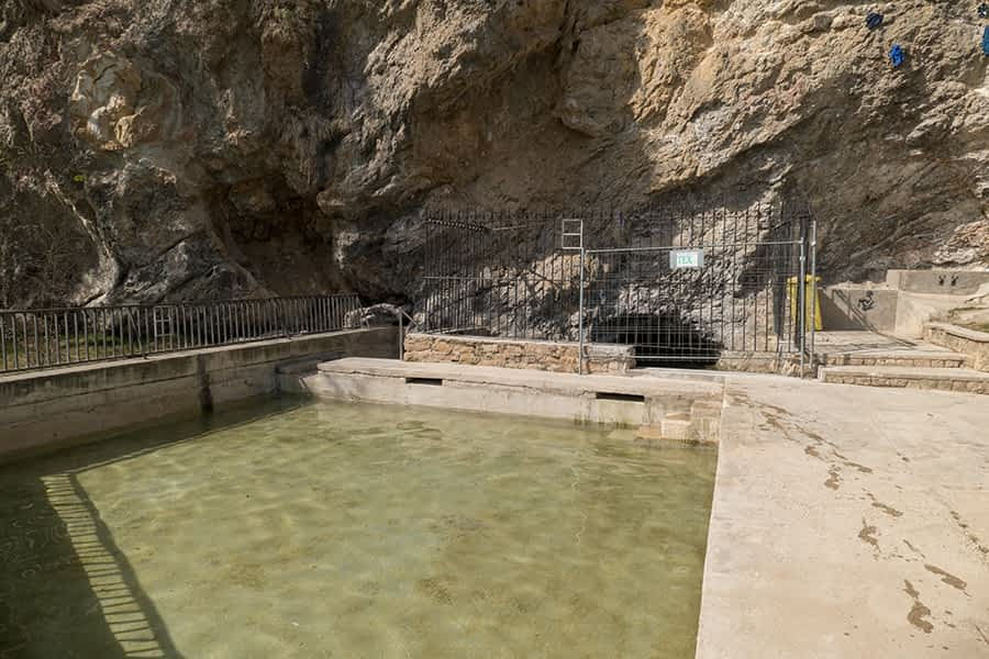 Eliminados sedimentos de la poza del Agua Salada que impedían el paso del agua