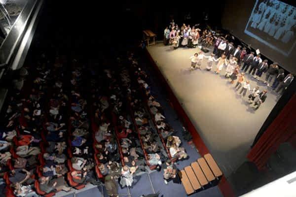 El espectáculo 'Atzo-Ayer' lograba el lleno en sus dos sesiones