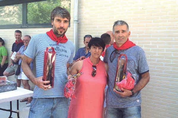 El XII Torneo de Verano del Club Raqueta Montejurra reunió  a 42 participantes