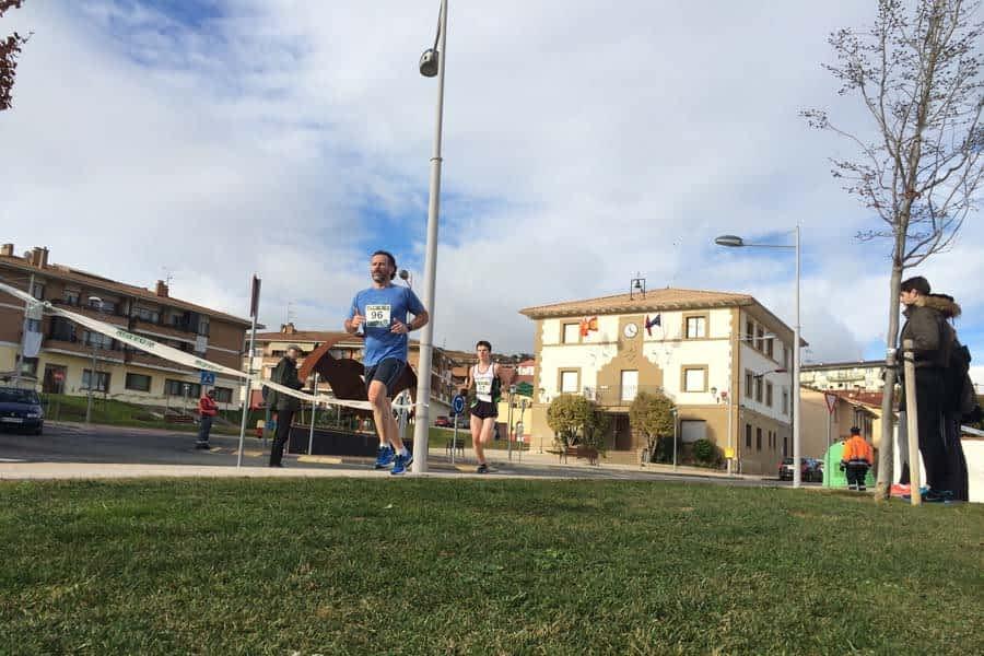 180 corredores participaron en el I Cross Popular de Ayegui