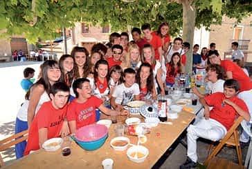 La pochada popular reunió en Arróniz a vecinos de todas las edades