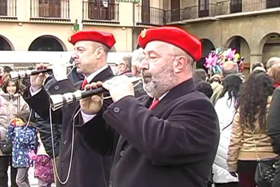 El fondo documental de los Gaiteros de Estella se incorpora al Archivo de Navarra