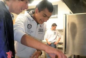 Concurso de huevos fritos en la casa María Vicuña