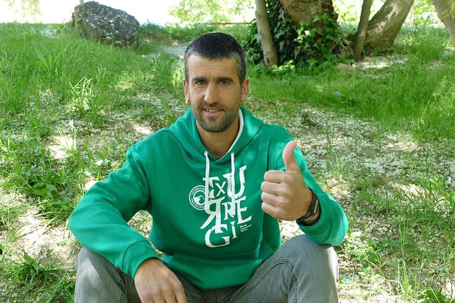 """PRIMER PLANO – Sergio Aramendía Etxabarri – Corredor de trails de montaña – """"Es muy importante tranquilizar a la persona que está en una situación difícil"""""""