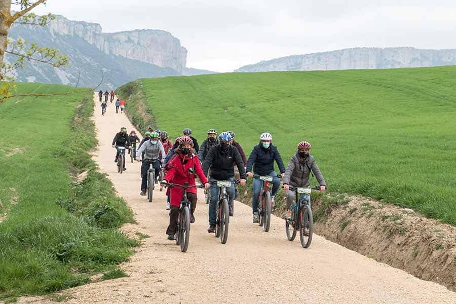 Conocimiento sobre el terreno de las rutas ciclables de Metauten y Zúñiga