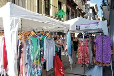 Estella motivó las compras con una feria de anticuarios  y de stock