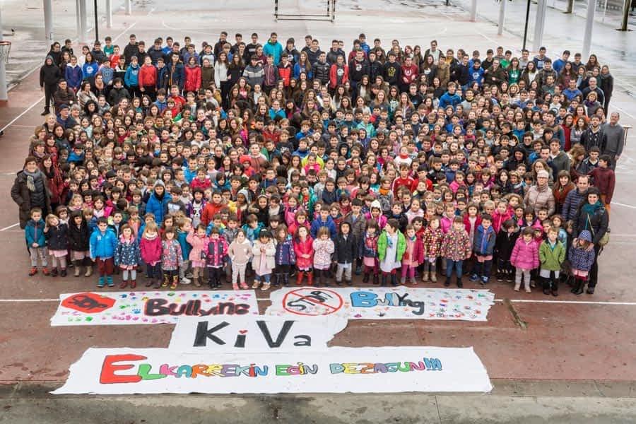 Lizarra Ikastola  mira a Finlandia en contra del bullying