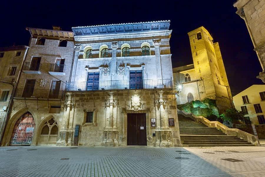 Reducción del horario de iluminación de los monumentos y prórroga de la suspensión de la ZEL