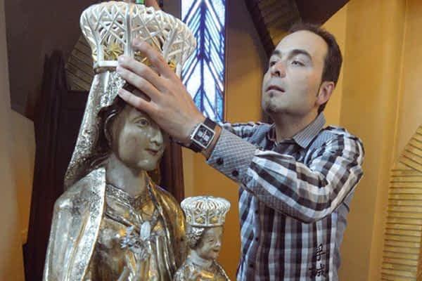 La réplica de la Virgen del Puy lucirá nueva corona
