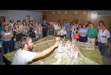 Éxito de acogida de la maqueta del burgo de San Martín y el castillo Mayor