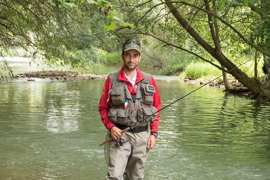 """PRIMER PLANO – David Villanueva Domínguez, campeón de España de Pesca – """"""""El título  me brinda la oportunidad de viajar y conocer una forma de pescar diferente"""""""