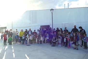 Música, danza e ilusión en la apertura de la escuela Zumadia