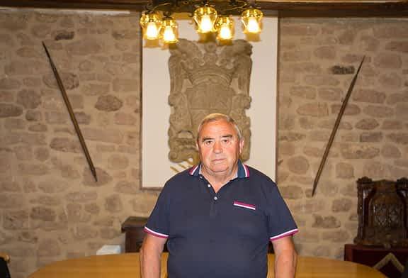 """NUESTROS ALCALDES - Victoriano Goldáraz - Cirauqui - """"Valoraremos si construir o dar uso municipal a la cooperativa"""""""