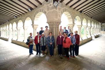 ASOCIACIONES - Grupo de voluntarios de San Pedro - Al servicio del visitante y del patrimonio estellés