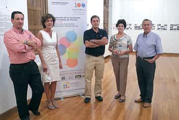 Una exposición recorre la historia de la Asociación de Periodistas de Navarra