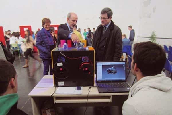 Encuentro sobre Administración en la Feria de Empresas Simuladas