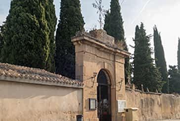 ¿Va a visitar el cementerio este año?