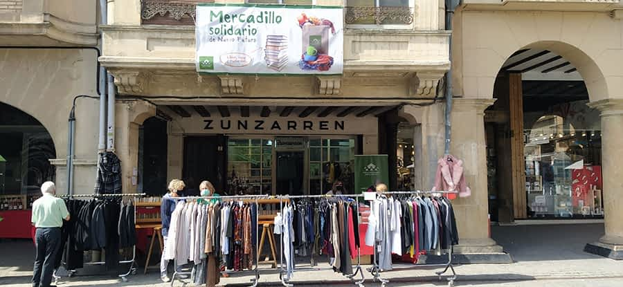 Recaudados más de 3.000 euros en el mercadillo solidario de Nuevo Futuro