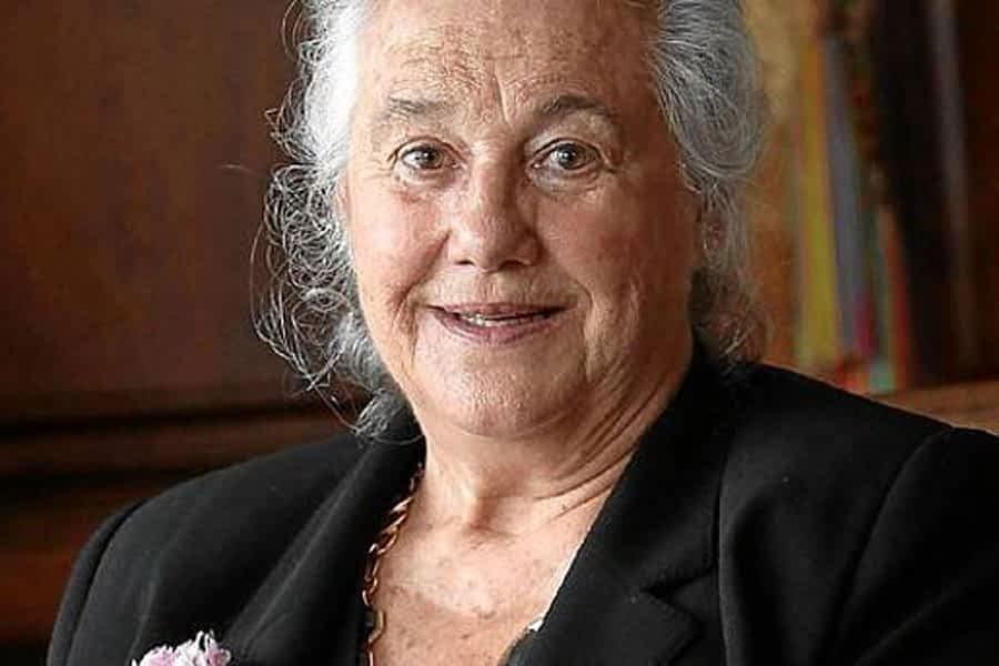 La escritora Arantzazu Amezaga recogerá el XVI Premio Manuel Irujo