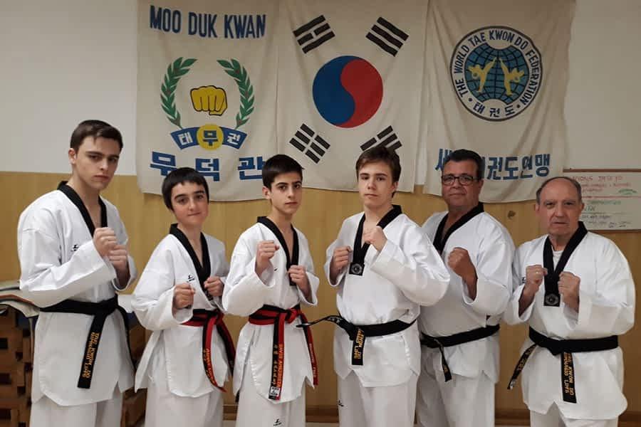 Seis alumnos del gimnasio Lim´s obtienen el grado de Cinturón Negro de Tae Kwon Do