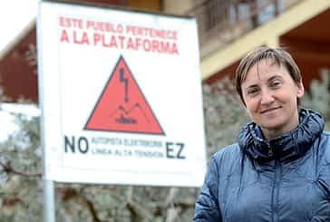 """Mª José Sagasti. """"La Línea de Alta Tensión es innecesaria, y si no, que nos lo justifiquen con datos"""""""