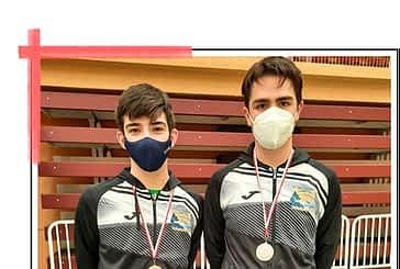Resultados de los clubes de bádminton Estella y Belmecher en sus competiciones