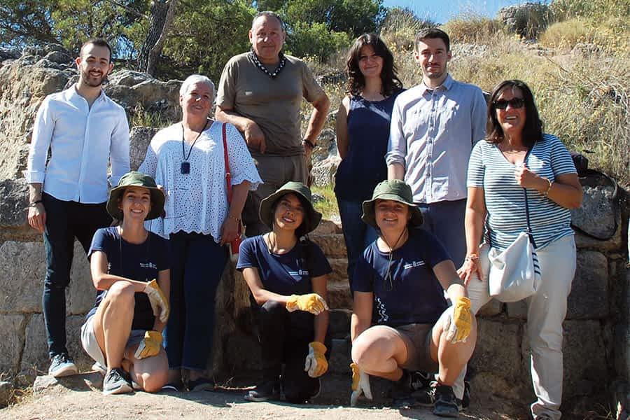Veintitrés jóvenes voluntarios se unieron a los trabajos de recuperación del Castillo Mayor