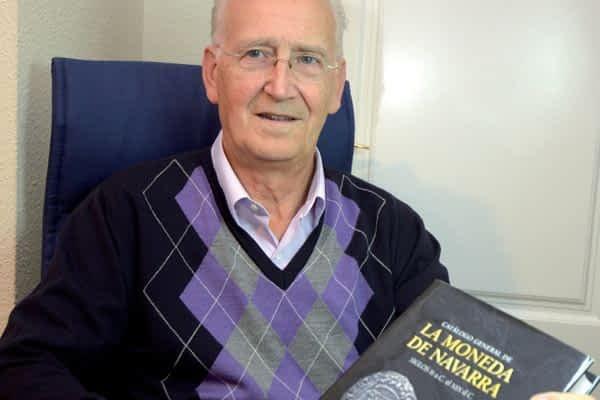 Un libro clasifica y valora por primera vez las monedas de Navarra