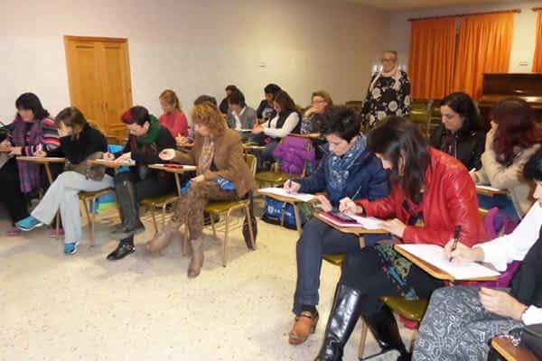 Santa Ana de Estella y Santa María de Los Arcos reciben un taller de educación sexual para padres