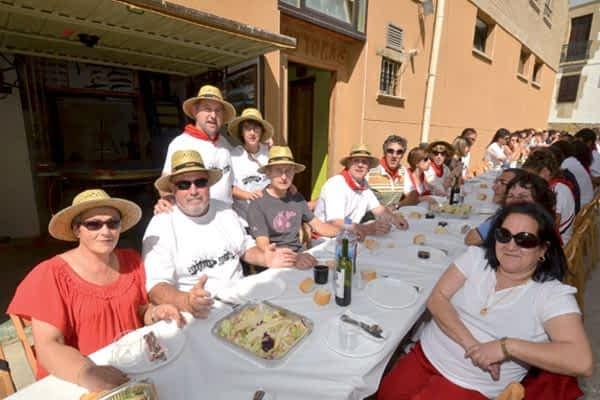 Seis días de blanco y rojo en Mañeru