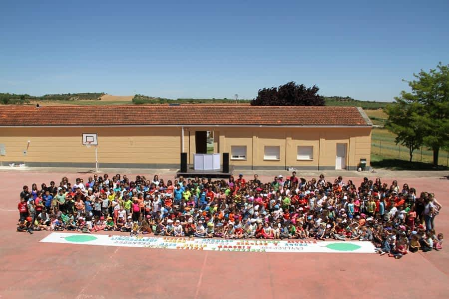 Las escuelas rurales celebraron una jornada de encuentro y diversión en Allo