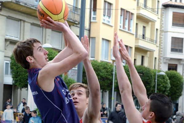 El baloncesto se trasladó a la calle
