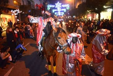 La cabalgata de Reyes despidió las navidades