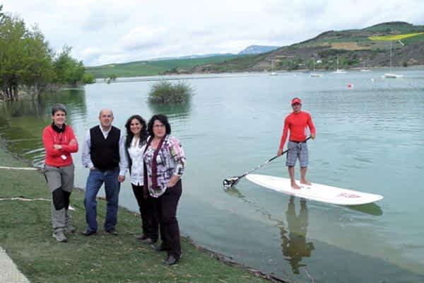 El embalse de Alloz, centro del deporte acuático en Tierra Estella