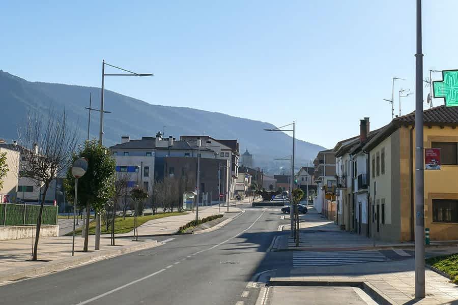 El alcalde de Ayegui defiende la renovación del alumbrado sin desembolso