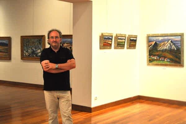 La casa de cultura acogió una treintena de cuadros de Juan Carlos Pikabea