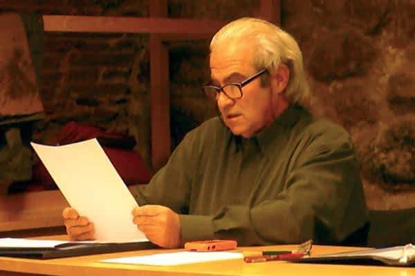 El vecino de Muneta Jesús Garijo presentó su libro de poesía  'Cuando cierro los ojos'