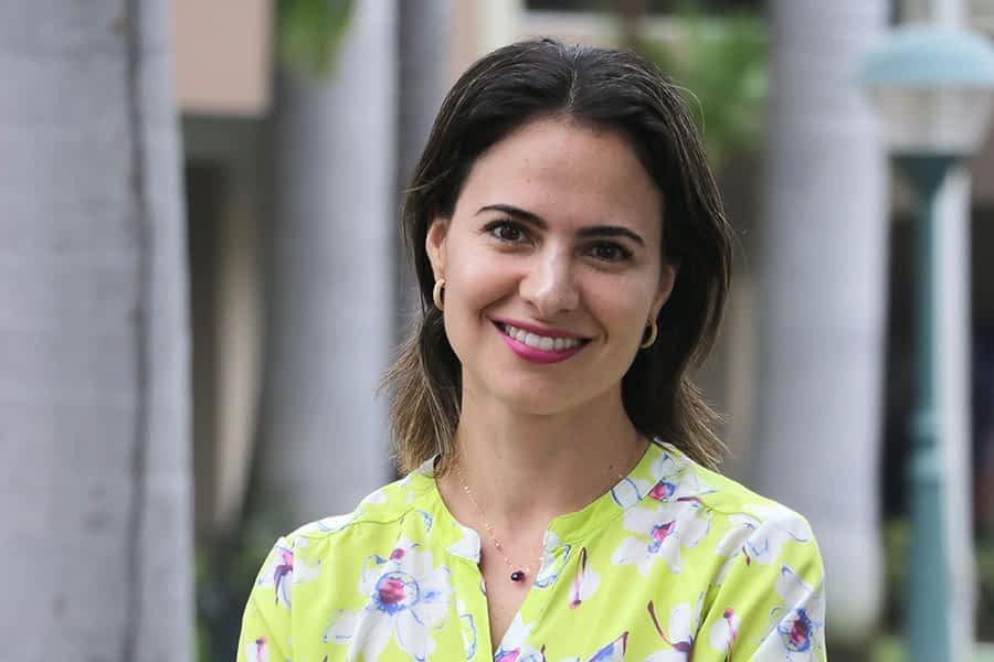 """TIERRA ESTELLA GLOBAL – Irene Ancín Adell – """"Guayaquil y Estella son dos mundos. Mis padres me enseñaron a respetarlos y a quererlos"""""""