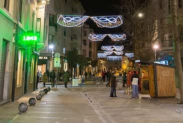 Luz dorada para la Navidad en Estella